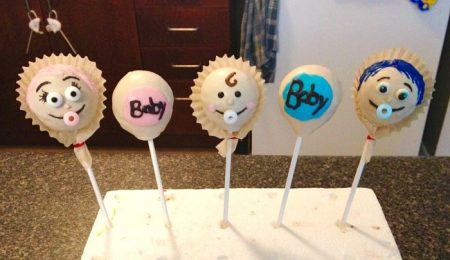 gender reveal cakepops