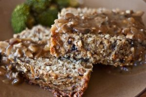 Vegetarian meatloaf with mushrooms