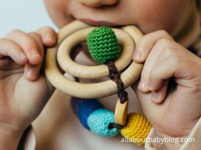wood and crochet nursing necklace
