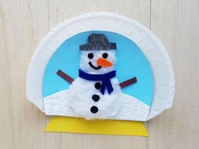 Winter themed snow globe paper plate